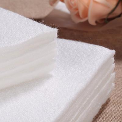 赢咖4鲜花吸水棉储水效果可达自重15倍